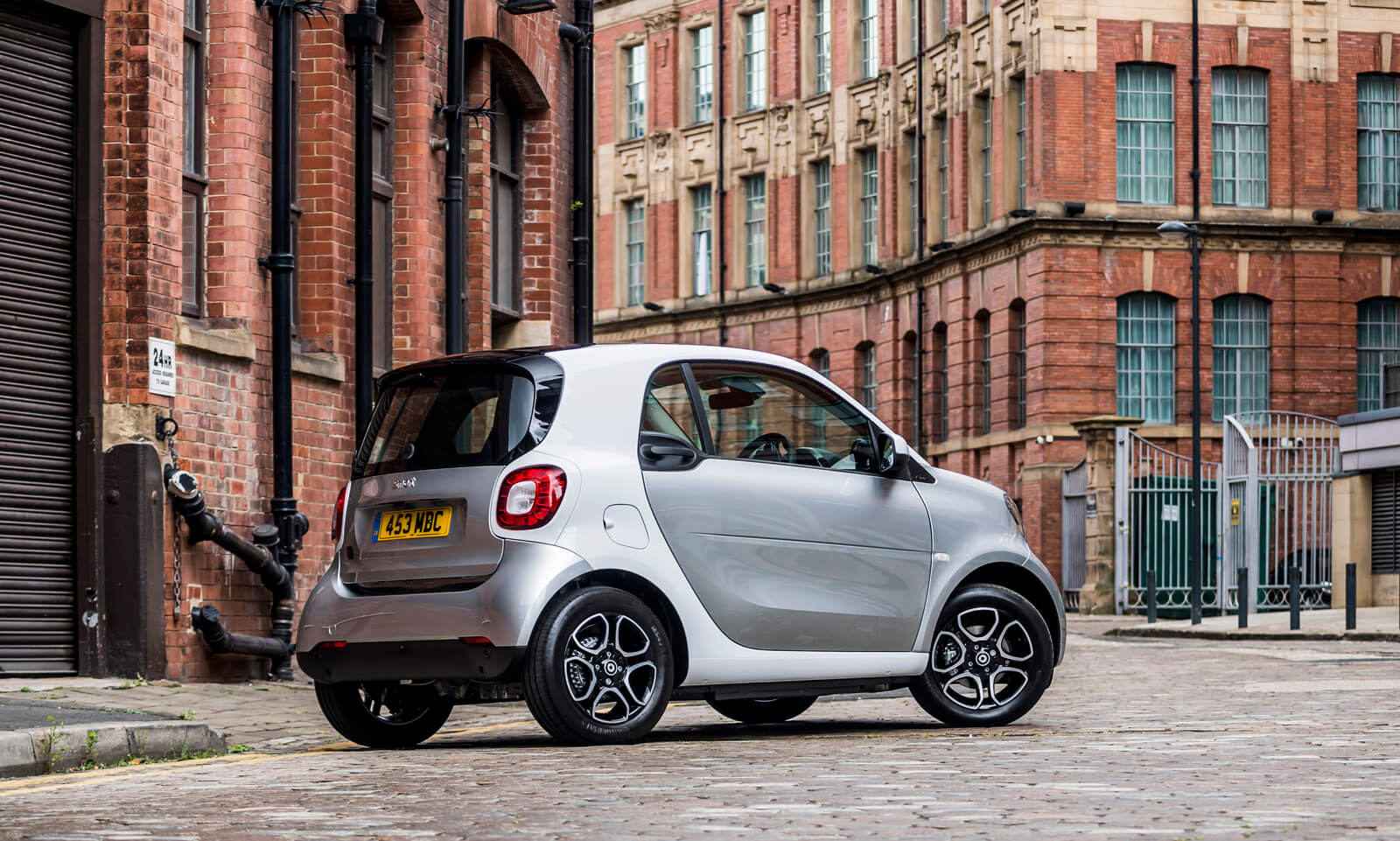 Smart EQ fortwo Coupe City Car