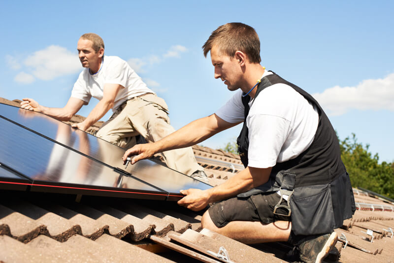 How a solar panel system is installed