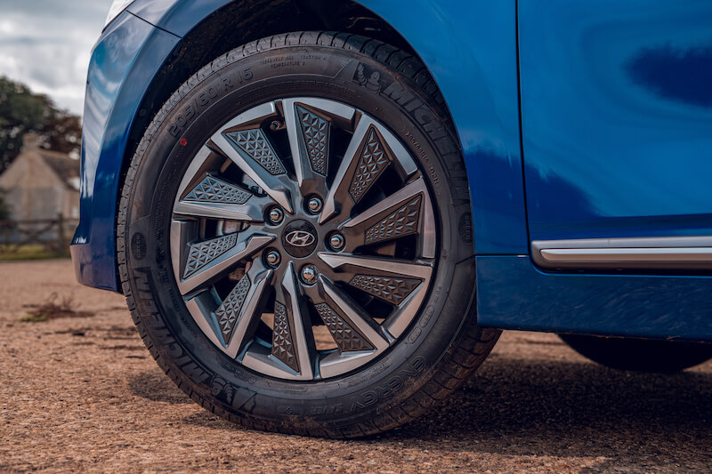 Hyundai Ioniq Electric wheels